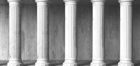 dstaff-pillars